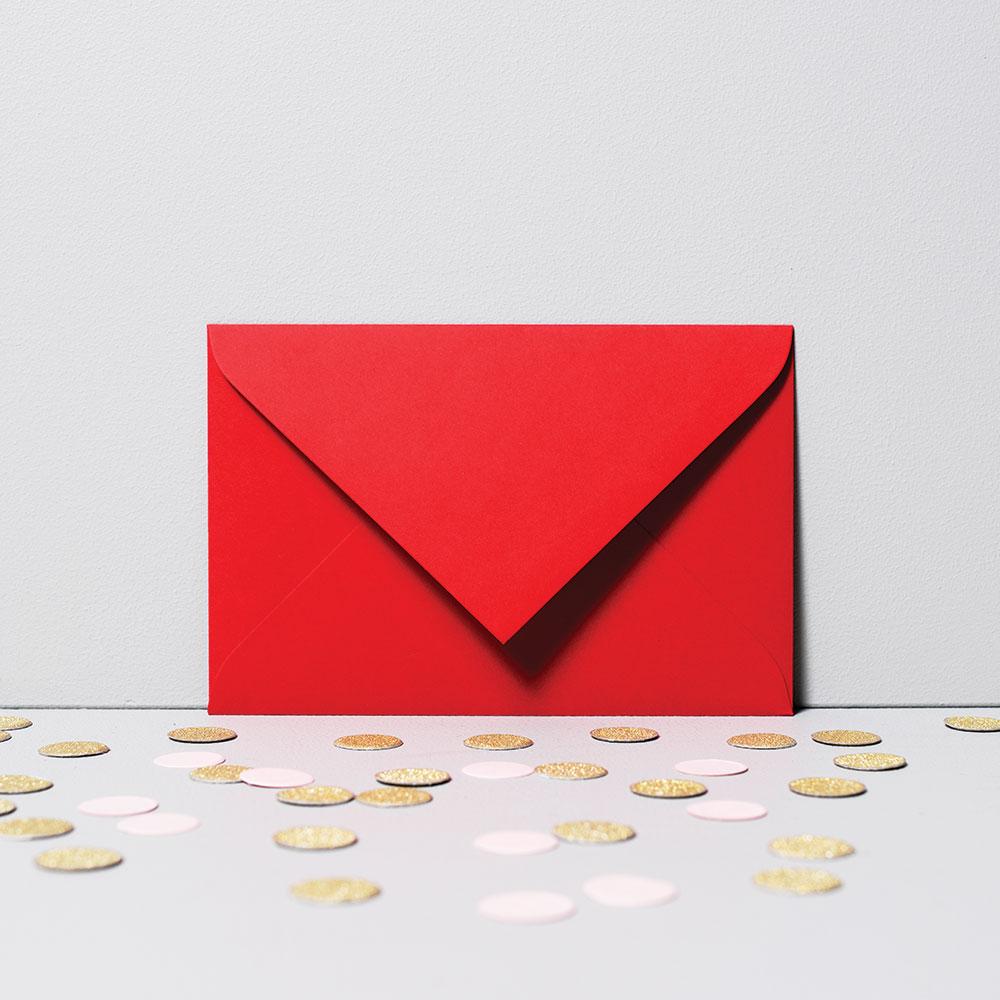 fotoMagnesy na chrzest 9 x 6 cm + koperty czerwone 8 sztuk