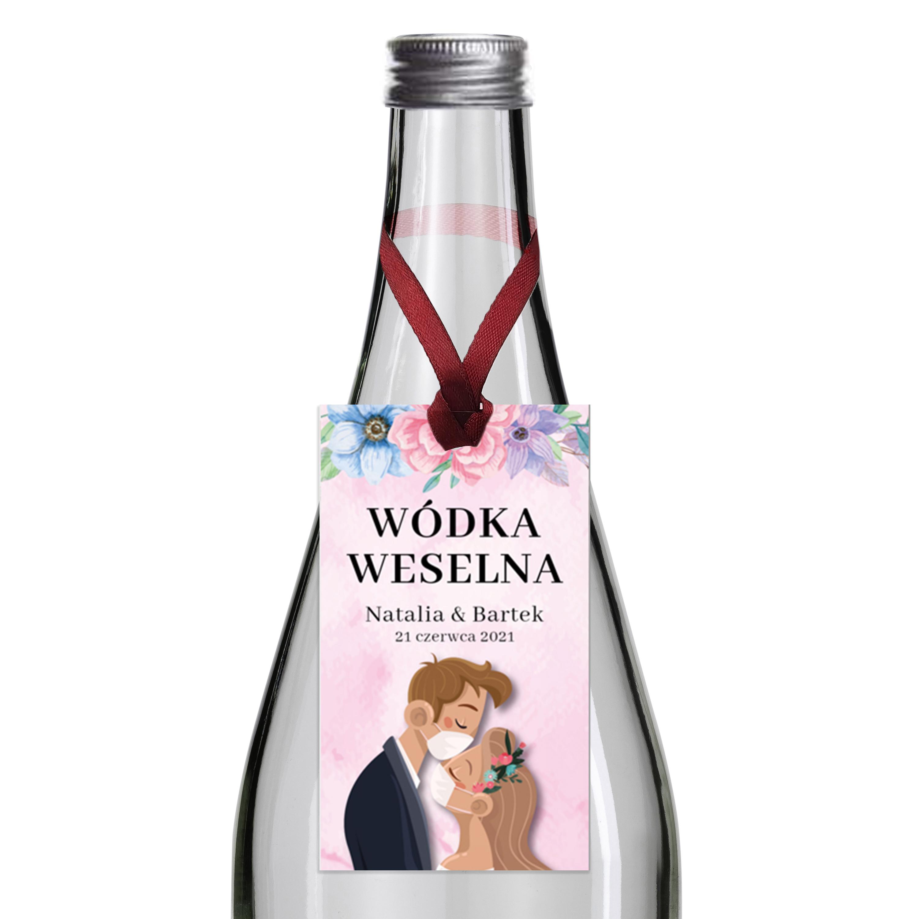 Zawieszki na alkohol wódkę weselną z imionami własny tekst kwiatowe zabawne