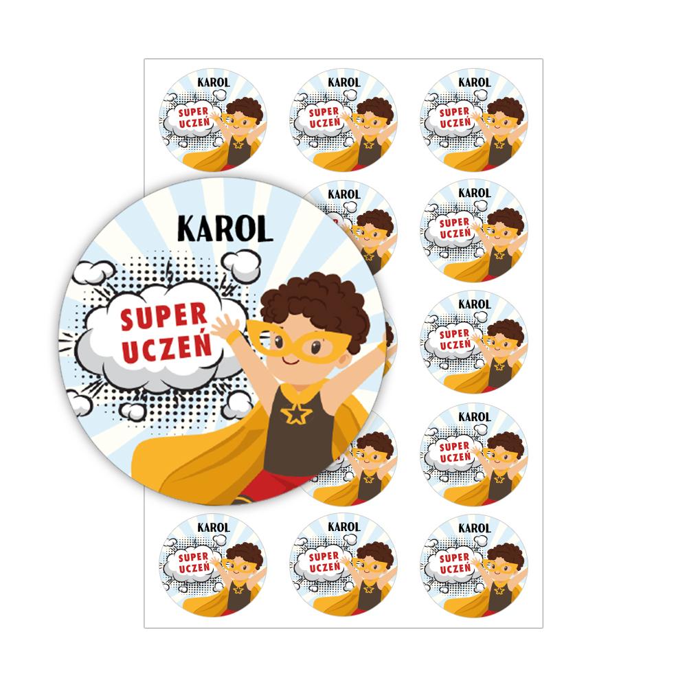 Naklejki motywacyjne dla ucznia z imieniem super uczeń dla chłopca brunet